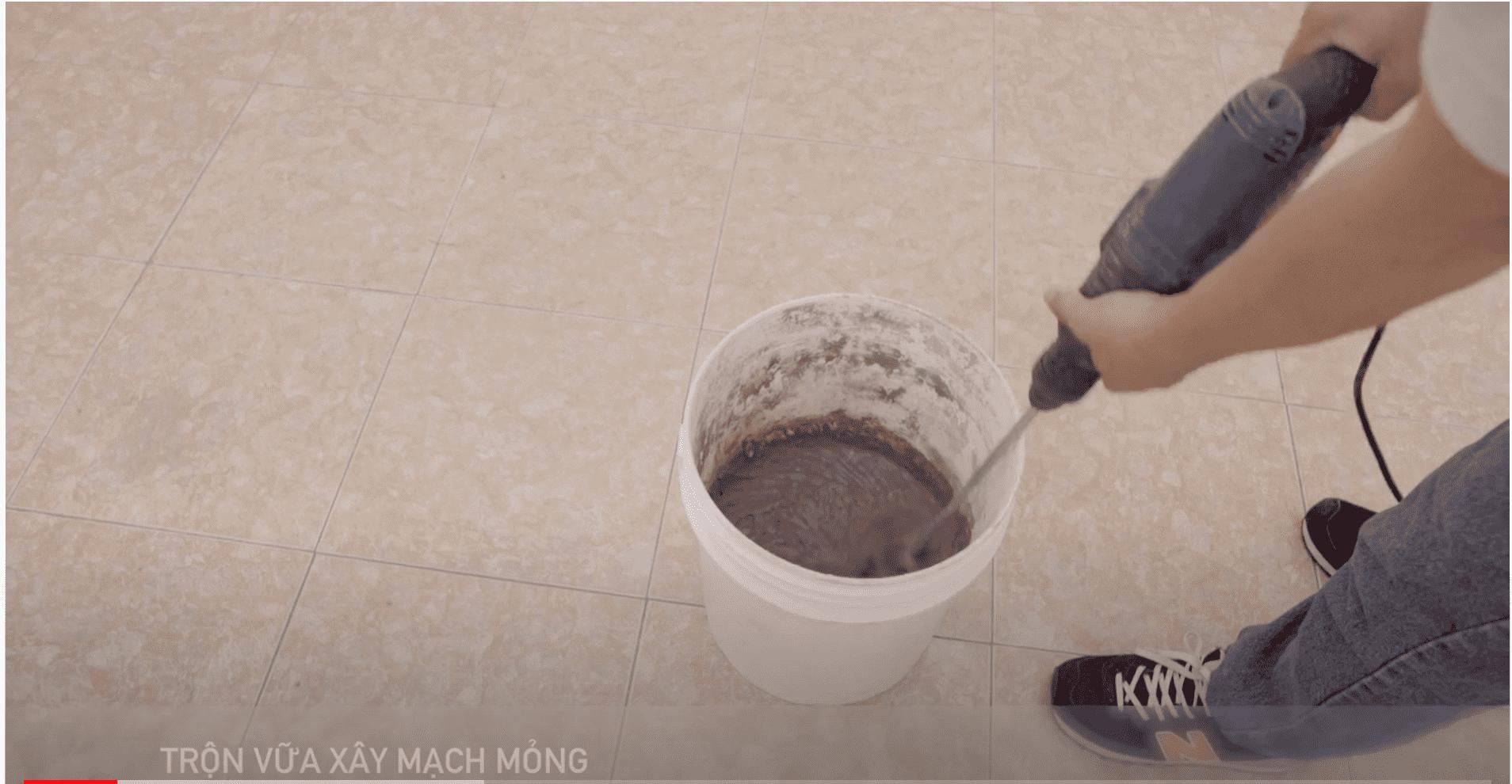 Trộn vữa xây mạch mỏng
